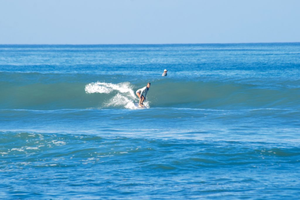 beginner surfing costa rica