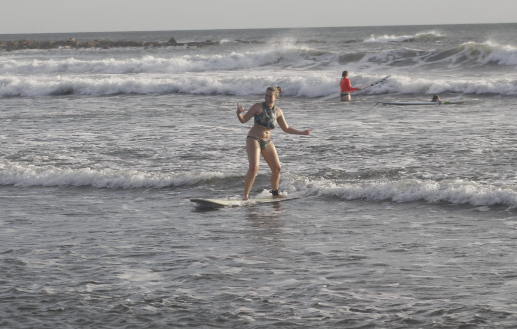 sonoma academy, high school, give back, learn to surf, volunteer, intersession, high school, surf with amigas, surf retreat, high school volunteer service trip