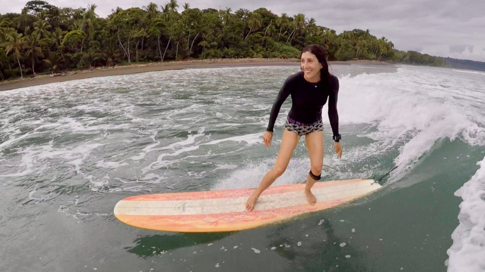 surf with amigas, advanced coaching, surf retreats, learn to surf, surf coaching, costa rica, holly beck