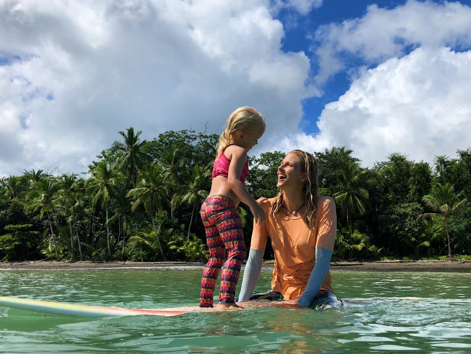 mother daughter, surfing, teach your kids to surf, family retreat, surf camp, costa rica, holly beck, luna suli