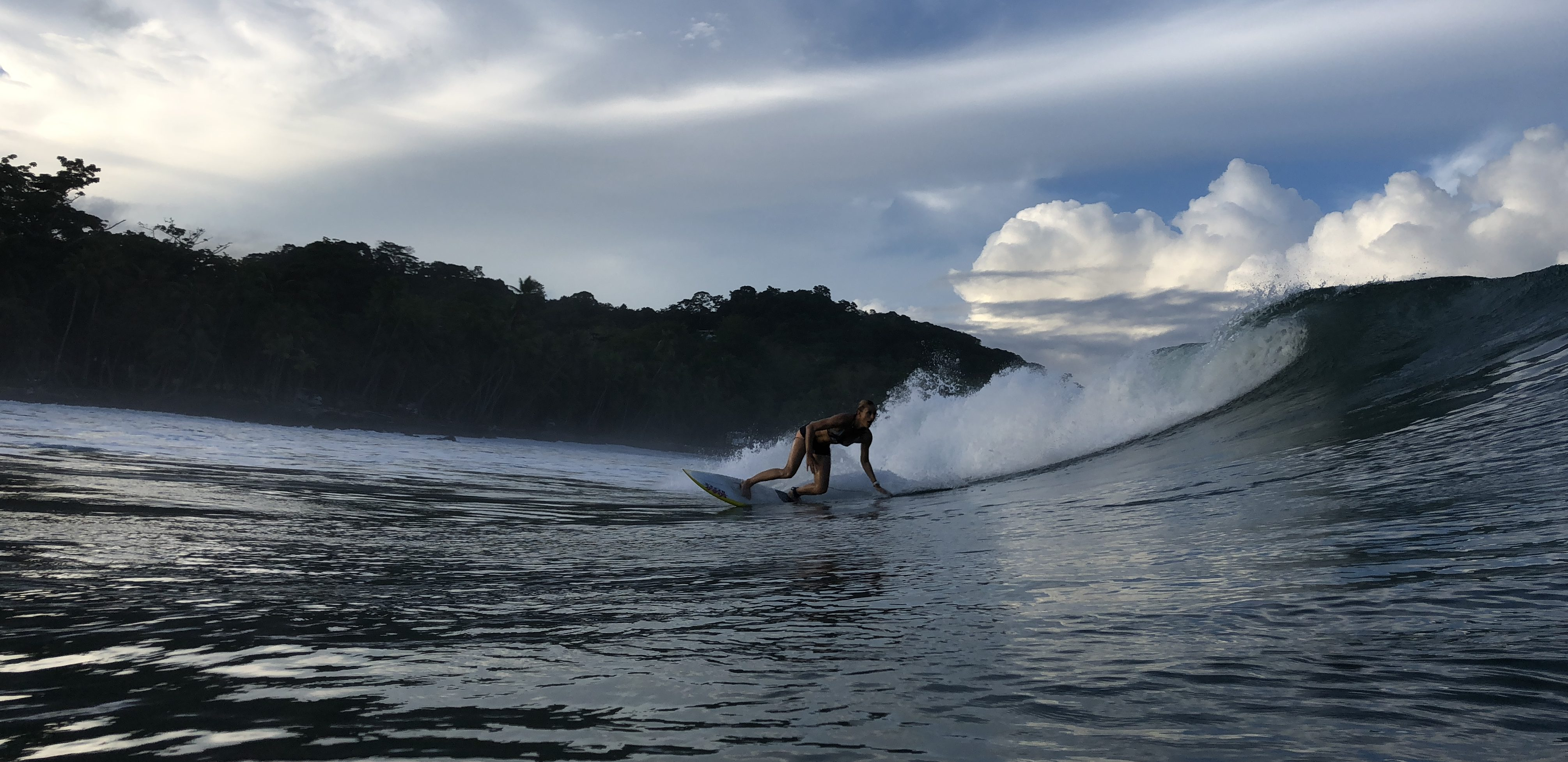 catch more waves, surf with amigas, coaching, costa rica, surf camp