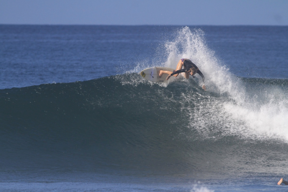 holly beck, advanced, shortboard, surf camp, costa rica, coaching