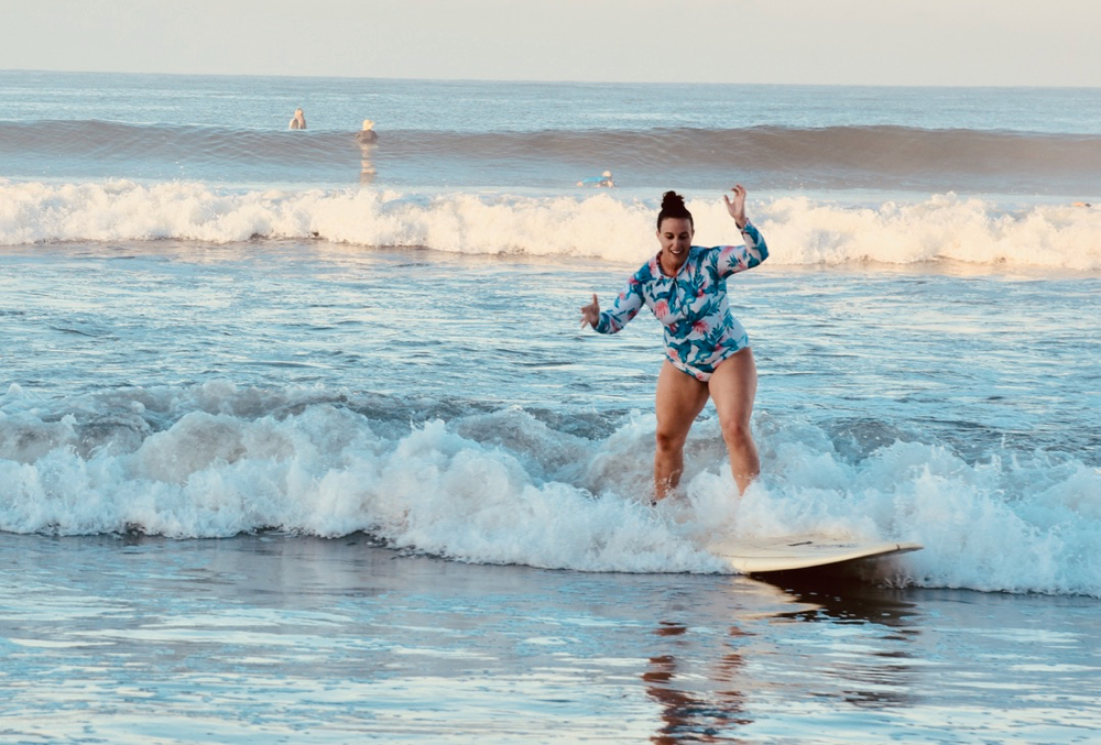 learn to surf, costa rica, surf with amigas, womens surf yoga retreats